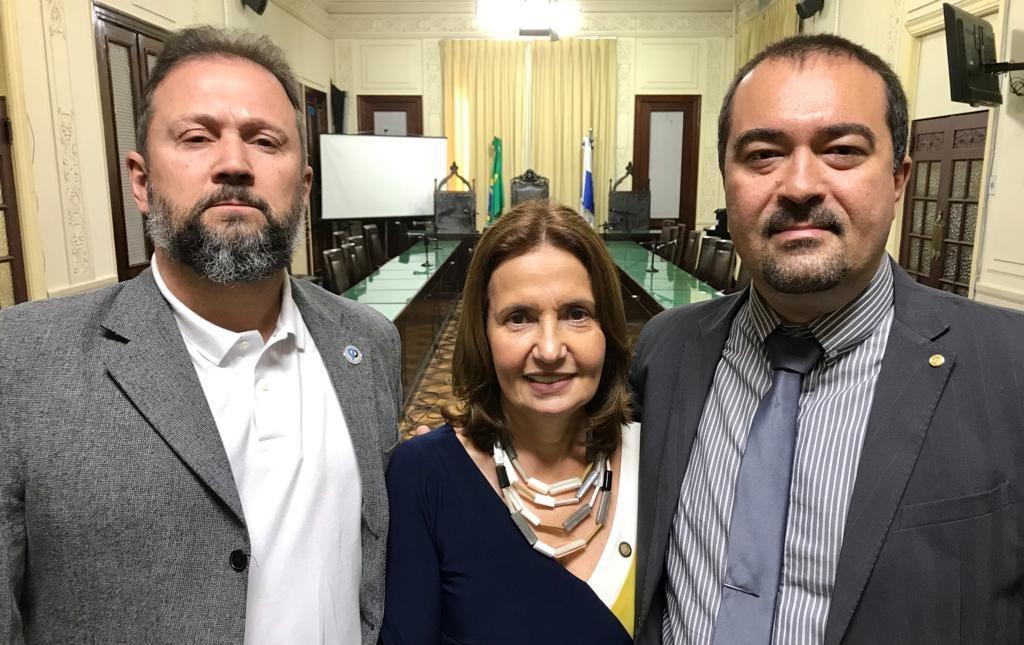 Fábio Neira presidente COLPOL-RJ, deputada estadual Martha Rocha e Marcio Garcia presidente SINDPOL-RJ